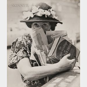 Louis Faurer (American, 1916-2001)      Freudian Woman, New York City