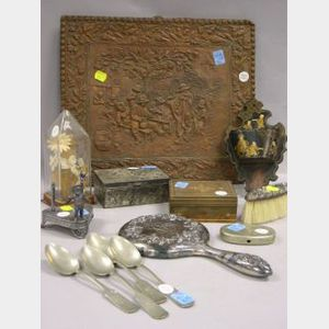 Group of Late Victorian Decorative Items and Articles
