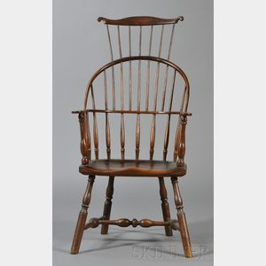Windsor Bowback Armchair with Comb