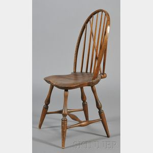 Rare Carved and Braced Bow Back Windsor Side Chair