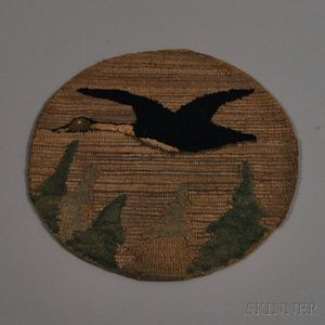 Small Round Grenfell Pictorial Mat with Flying Goose