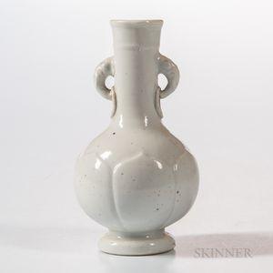 Dehua White-glazed Bottle Vase