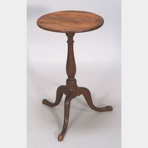 Queen Anne Mahogany Candlestand