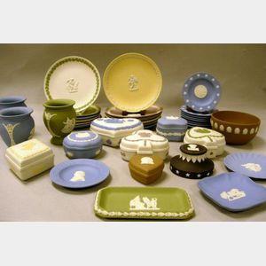 Thirty-six Modern Wedgwood Solid Jasper Table Items