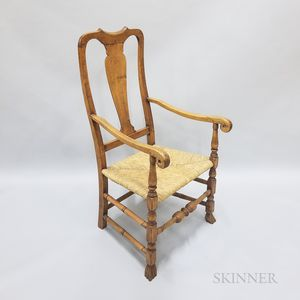 Queen Anne-style Maple Spanish-foot Armchair