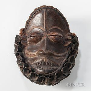Guerre/Wobi Mask