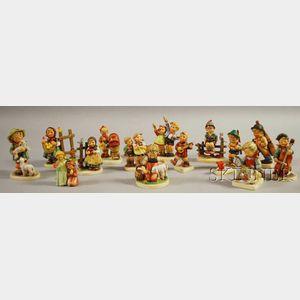 Fourteen Hummel/Goebels Porcelain Figures