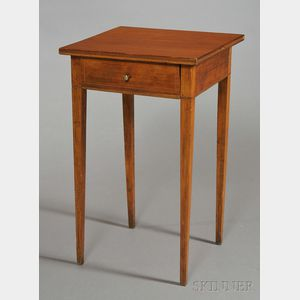 Federal-style Inlaid Cherry and Birch One-drawer Stand with Tapering Legs.
