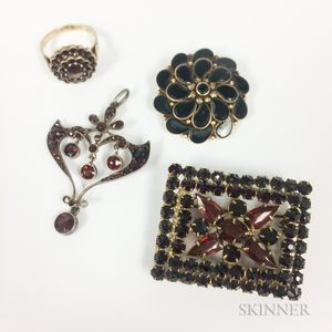 Group of Victorian-style Jewelry