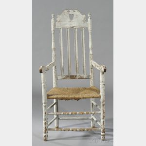 White-painted Crown Great Chair