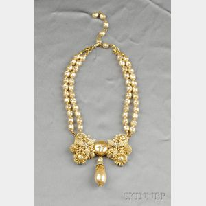 Gilded Metal and Imitation Pearl Necklace, Stanley Hagler