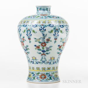 Doucai Meiping   Vase