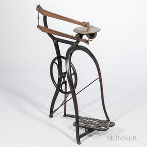 """""""New Roger's"""" Cast Iron Treadle Scroll Saw"""