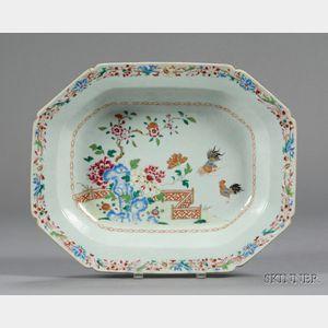 Chinese Export Porcelain Deep Dish