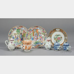 Eight Chinese Export Porcelain Items