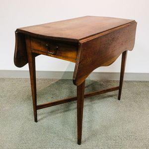 Federal Cherry One-drawer Pembroke Table