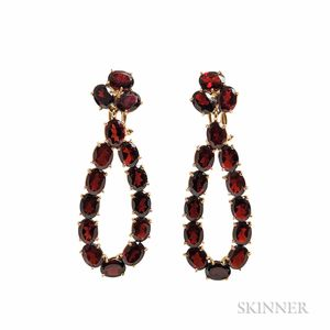 18kt Gold and Garnet Earrings