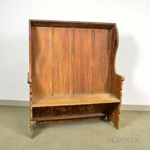 Early Hooded Pine Settle