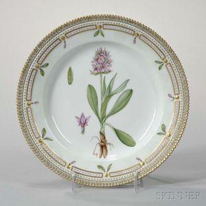 Twelve Royal Copenhagen Flora Danica Porcelain Dinner Plates