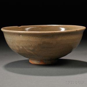 Yellowish-green-glazed Stoneware Bowl