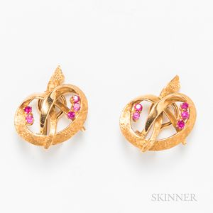 18kt Gold Gem-set Earclips