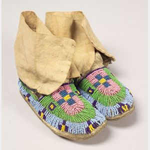 Central Plains Beaded Hide and Cloth Child's Moccasins