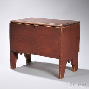 Child's Red-painted Six-board Chest