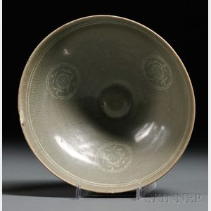 Inlaid Celadon Bowl