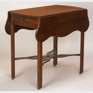 Chippendale Mahogany Pembroke Table