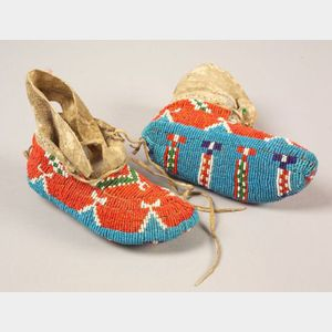Plains Fully Beaded Child's Moccasins