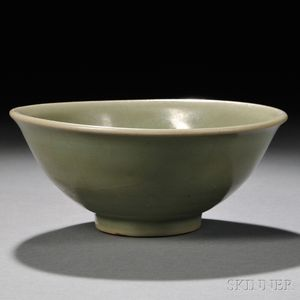Celadon Ribbed Bowl