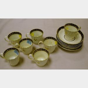 Set of Thirteen Pieces of Worcester Porcelain