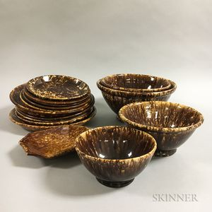 Fifteen Rockingham Glazed Plates and Bowls