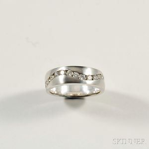 14kt White Gold and Diamond Band