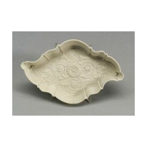 Staffordshire White Saltglaze Stoneware Flowered Spoon Boat