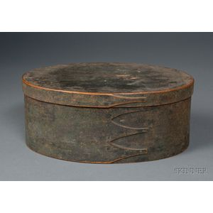 Shaker Green-painted Oval Covered Storage Box