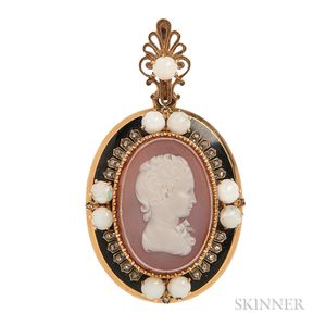 Antique Gold and Hardstone Cameo Locket