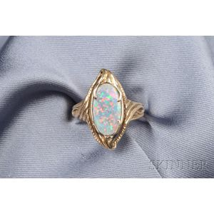 Art Nouveau 14kt Gold and Black Opal Ring