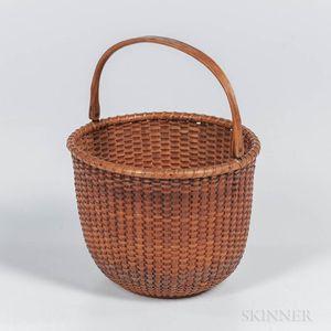 Round Nantucket Swing-arm Basket