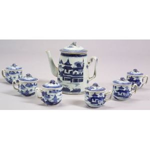 Canton Porcelain Teapot and Six Covered Syllabubs