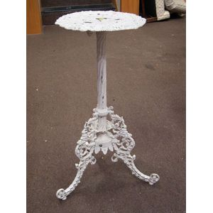 White Painted Victorian Cast Iron Stand.