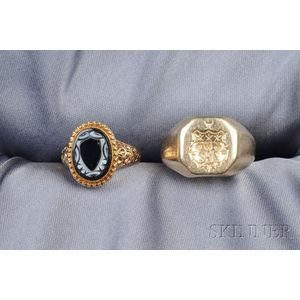 Two Antique 14kt Gold Rings