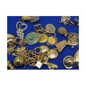 Lot of Twenty-Four Jewelry Items