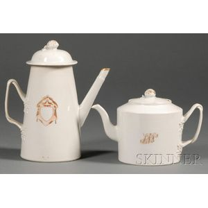 Chinese Export Porcelain Coffeepot and Teapot