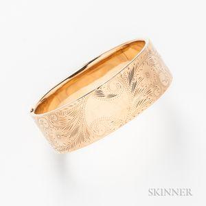 14kt Gold Engraved Hinged Bangle
