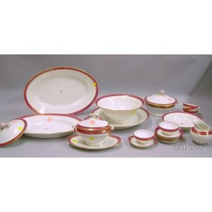 Eighteen Pieces of Paris Porcelain Gilt and Raspberry-banded Dinnerware.