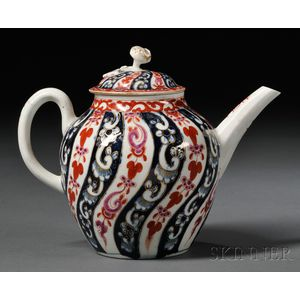 Worcester Queen Charlotte   Pattern Teapot and Cover