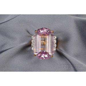 18kt Gold, Kunzite, and Diamond Ring