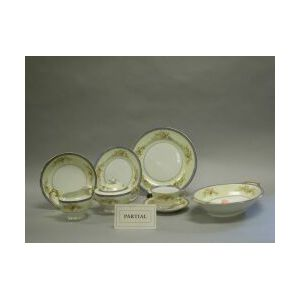 Eighty-nine Piece Japanese Ashby Pattern Porcelain Partial Dinner Service.