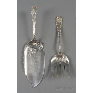 Pair of Wendell Manufacturing Co. Sterling Fish Servers